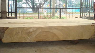 Gỗ tự nhiên là gì? Đặc tính của gỗ tự nhiên
